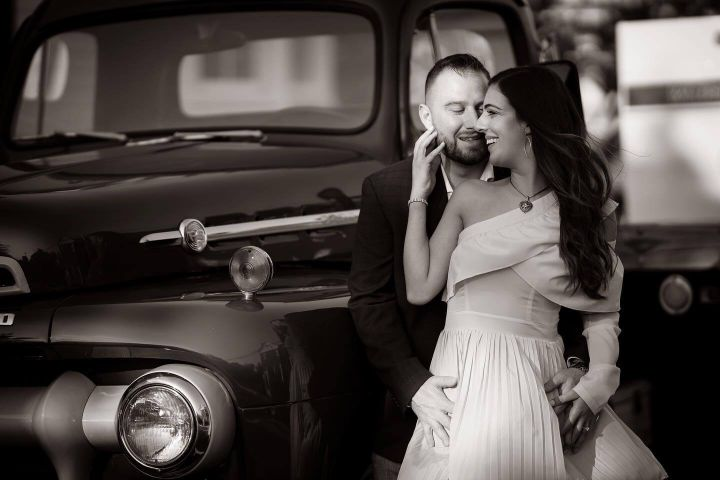 Yans Photography Wedding Car bW sm